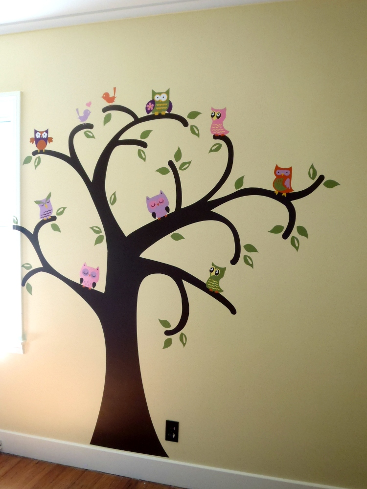 Whooo Loves Owls {on the wall}  (1/3)